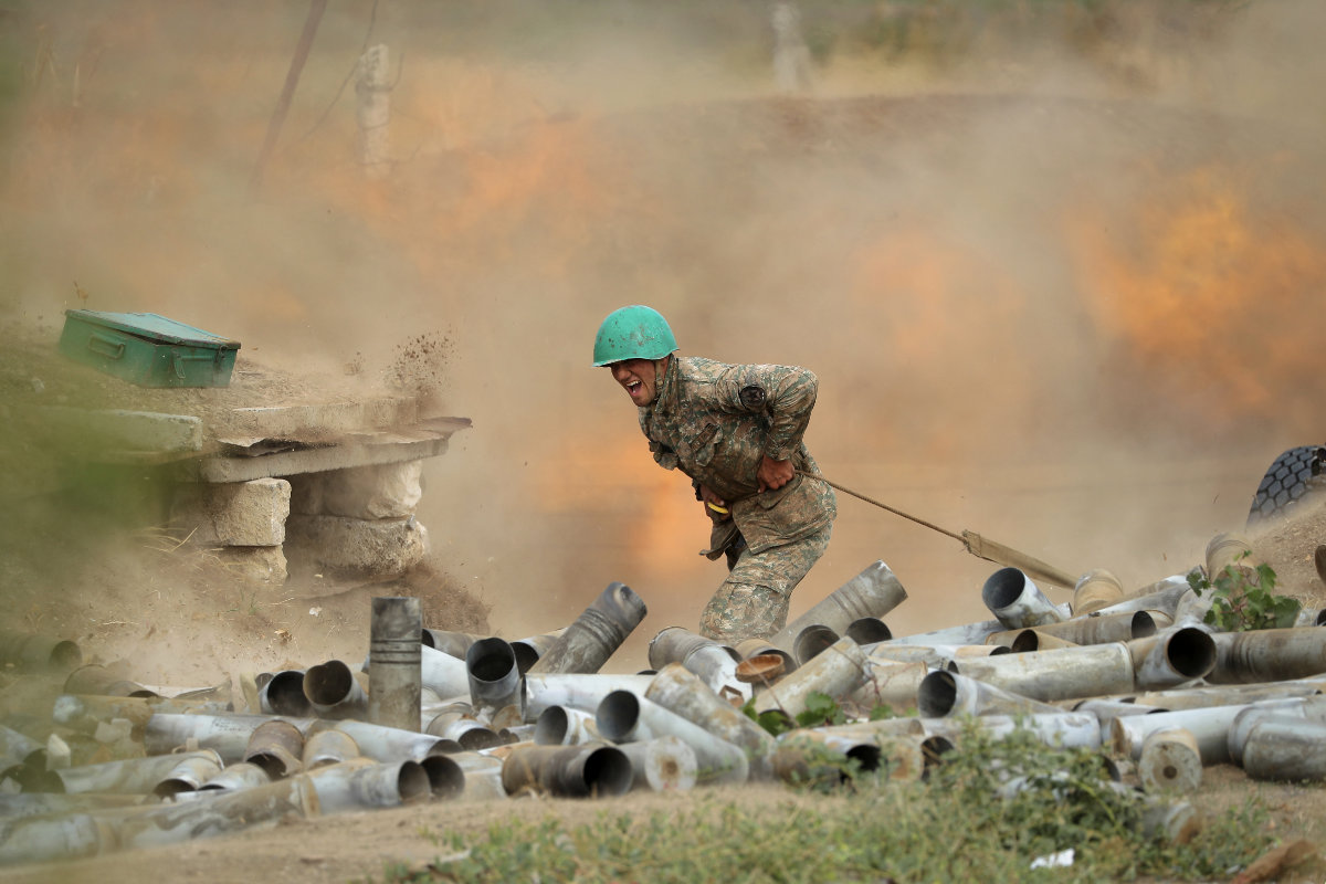 Örmény katona a Hegyi-Karabah körüli harcokban | AZ1.HU