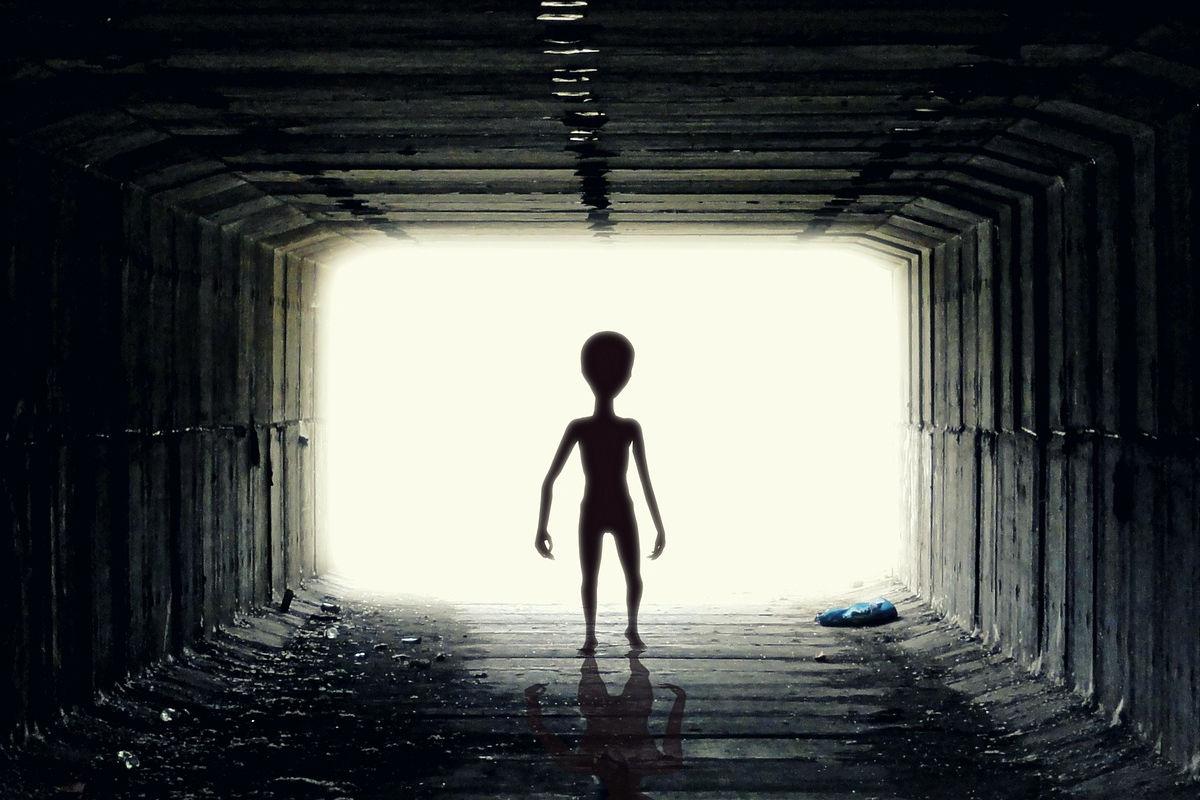 Kapcsolatban állunk földönkívüliekkel   AZ1.HU
